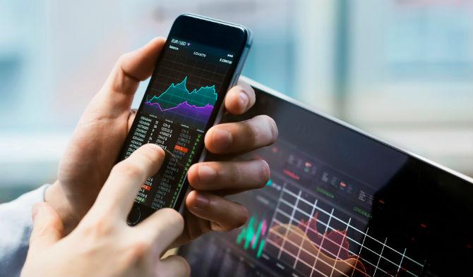 Stock trading via mobile phones grows during lockdown