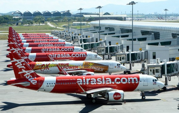 Free cancellation, rescheduling for WB flights announced by AirAsia India