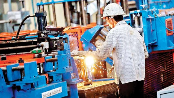 Traders should be included in MSME definition; demands NBFC body