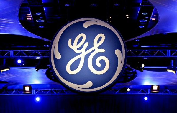General Electric  expects cash flow to be negative in Q1